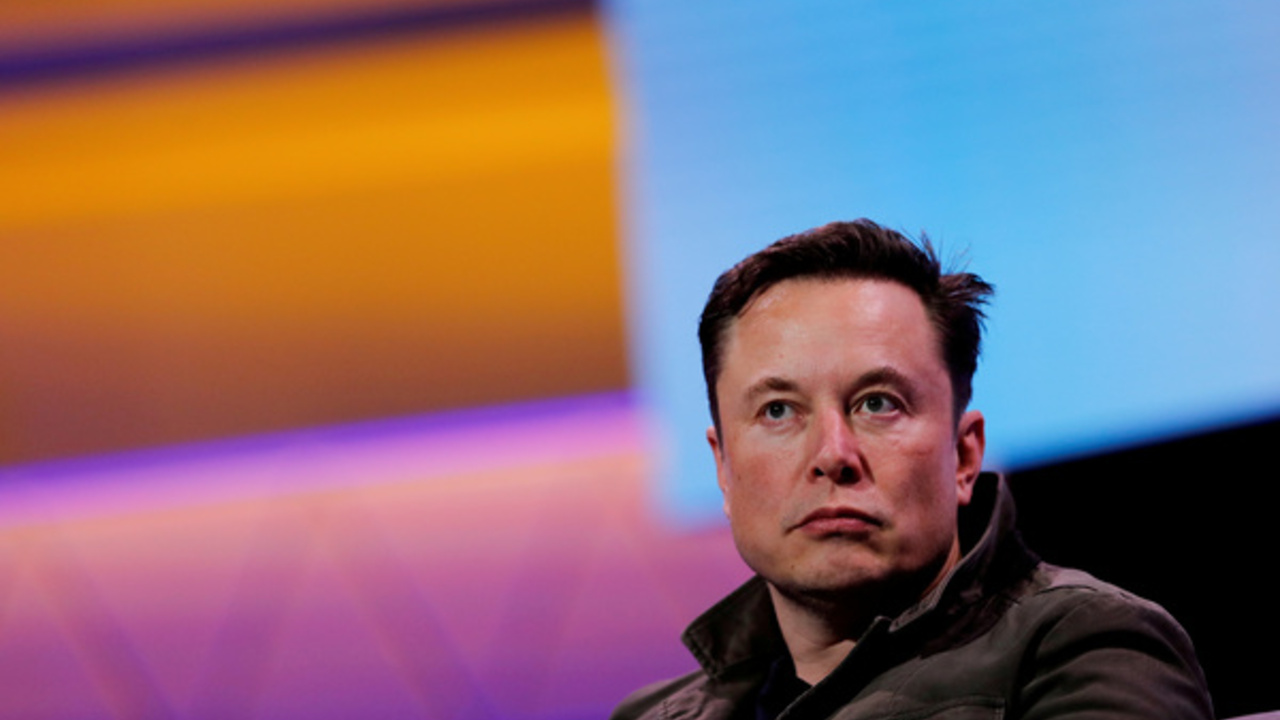 SpaceX отправит к Луне оплаченный криптовалютой Dogecoin спутник