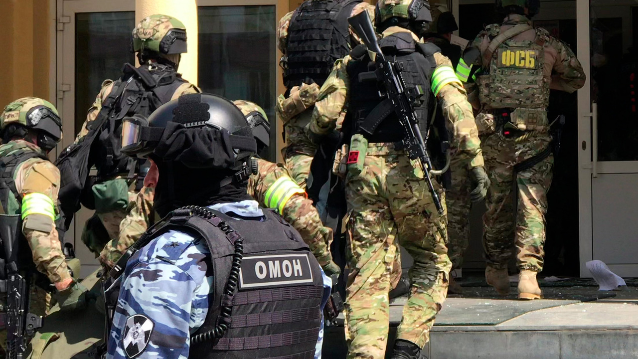 Прокурор подтвердил факт взрыва в казанской школе во время нападения