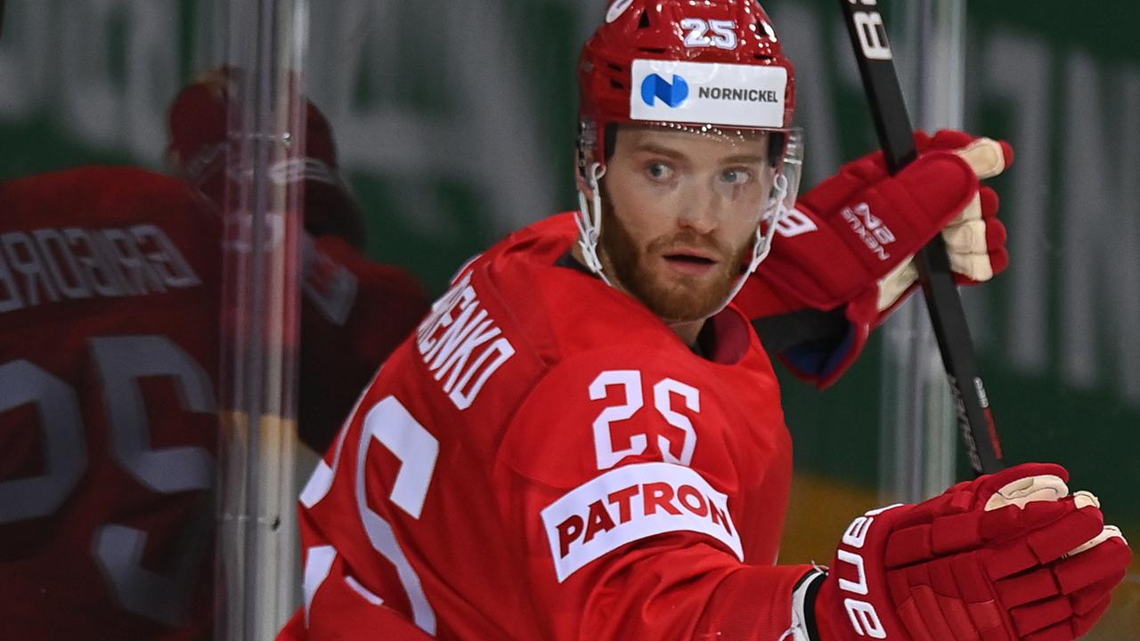 Игрок сборной России оправдался за поражение от Канады словами «мы тоже люди»