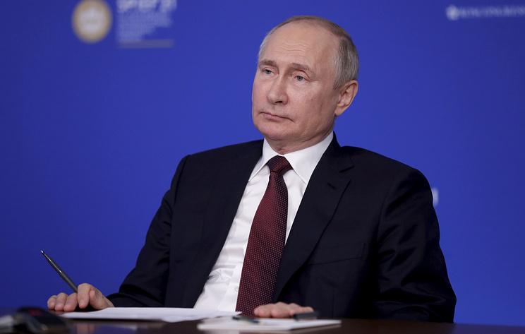 Путин заявил, что Россия не собирается никого пугать новыми видами оружия