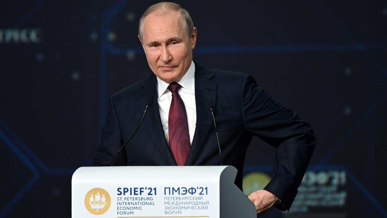 Путин нашел похожие проблемы у США и СССР
