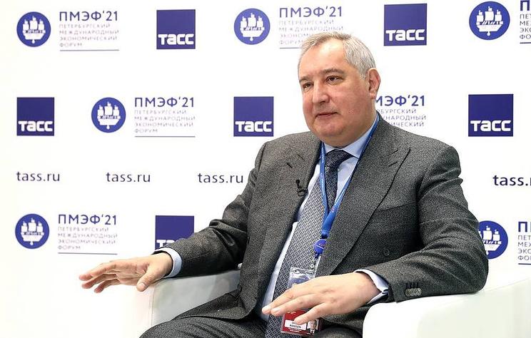 Рогозин заявил, что Сафронов остается сотрудником Роскосмоса до новых судебных решений