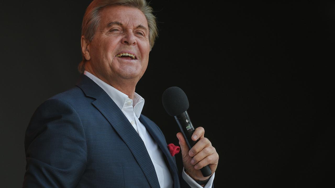 Лещенко раскритиковал шоу-бизнес в России словами «соревнованием голых задниц»