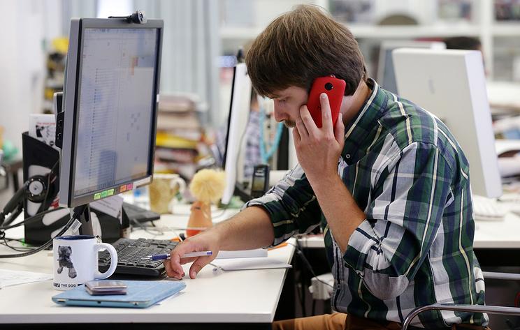Половина работодателей одобряют решение личных вопросов в рабочее время
