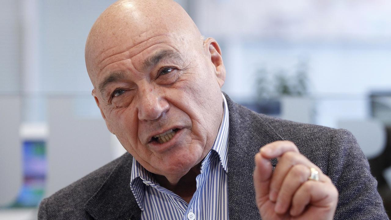 Познер назвал идиотизмом реакцию россиян на форму сборной Украины по футболу