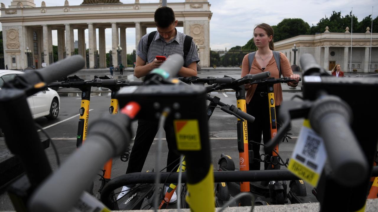 В Москве решили ограничить скорость электросамокатов