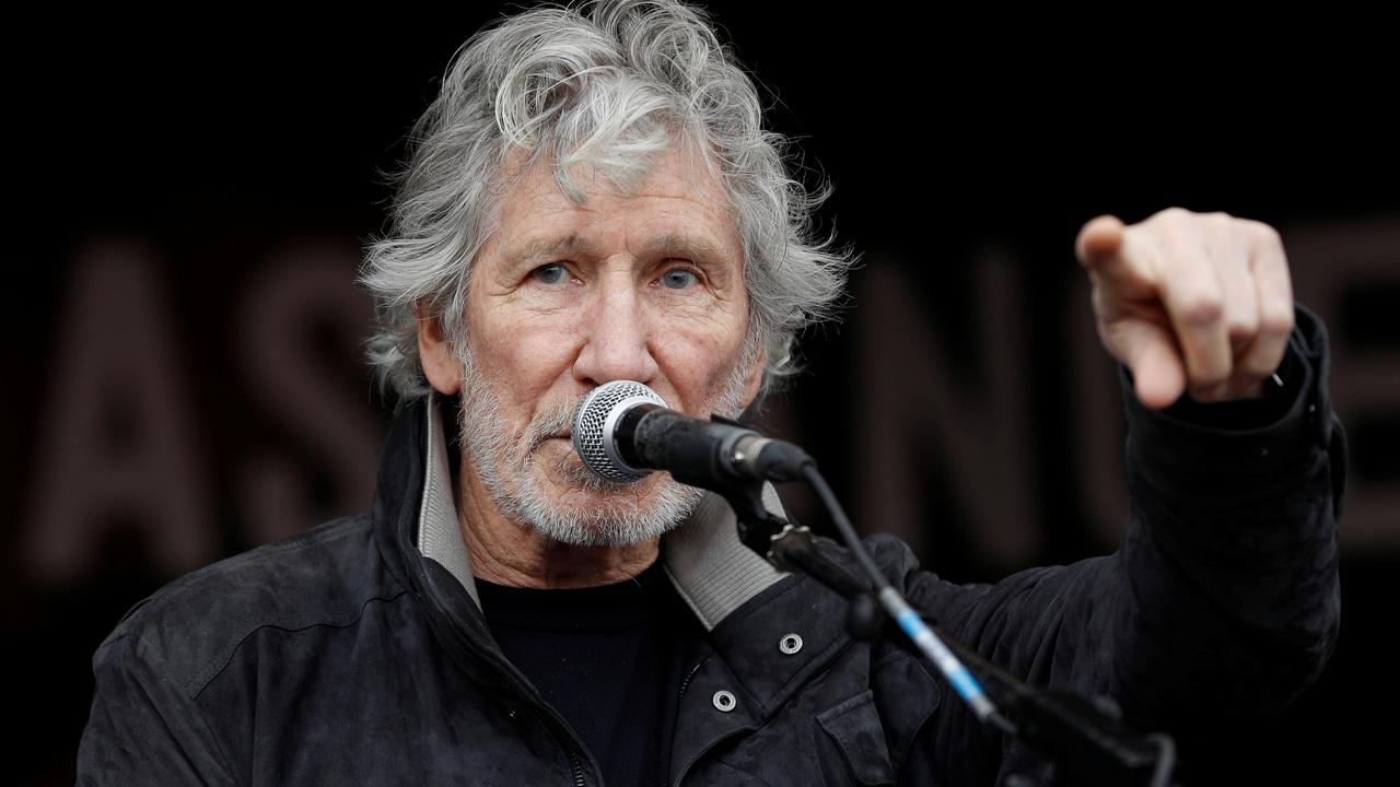 Вокалист Pink Floyd послал к черту Марка Цукерберга