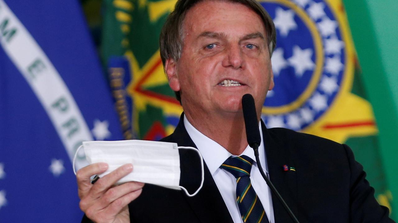 YouTube удалил видео президента Бразилии из-за дезинформации о коронавирусе