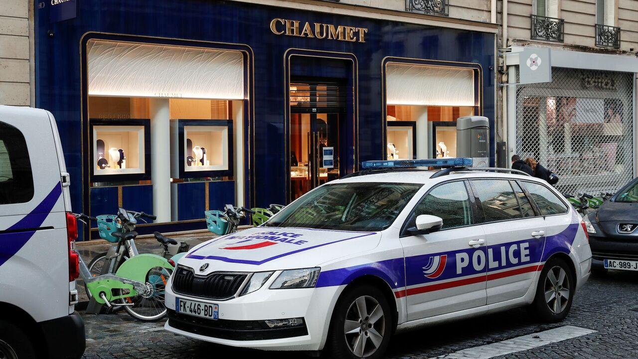 Преступник ограбил магазин на миллионы евро благодаря Ван Дамму