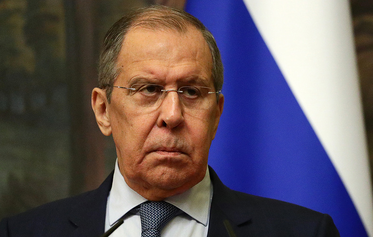 """Лавров заявил, что Запад практически """"объявил войну"""" российским СМИ"""