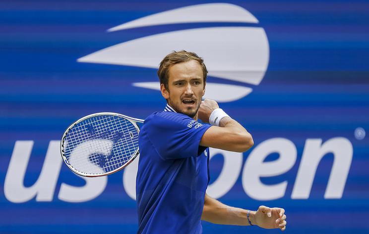 Теннисист Медведев заявил, что мог бы лучше сыграть в полуфинале US Open