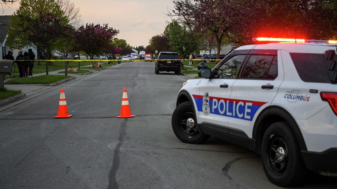 В США подросток погиб в результате стрельбы в парке аттракционов