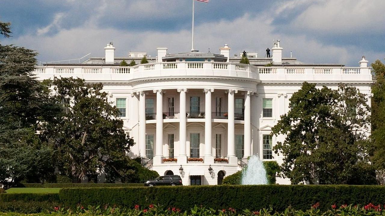 Пользователям TikTok предложили вломиться в Белый дом и Капитолий через туннели