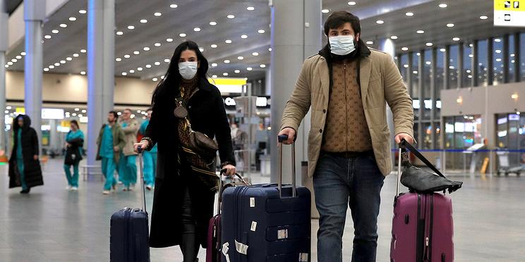 Восстановление авиасообщения с четырьмя странами. Главное о коронавирусе за 23 сентября