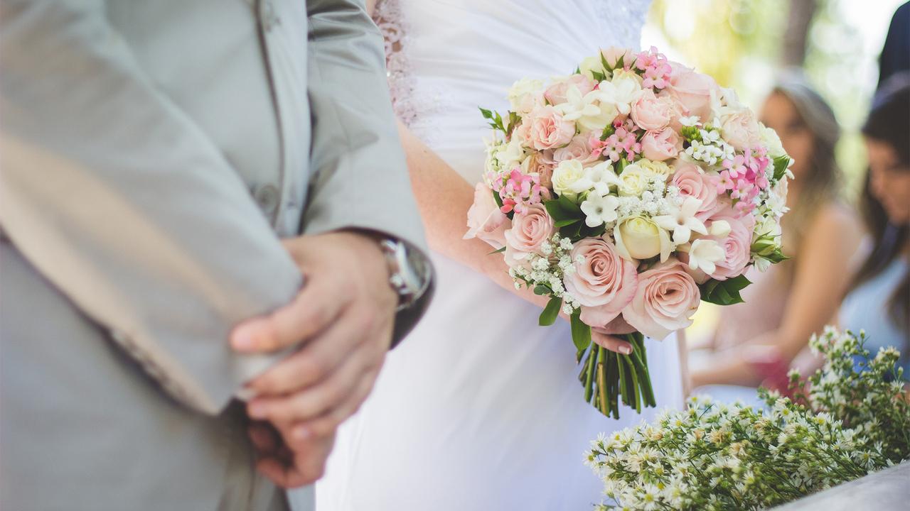 Девушка отказалась смотреть за 40 детьми на свадьбе брата и «испортила праздник»