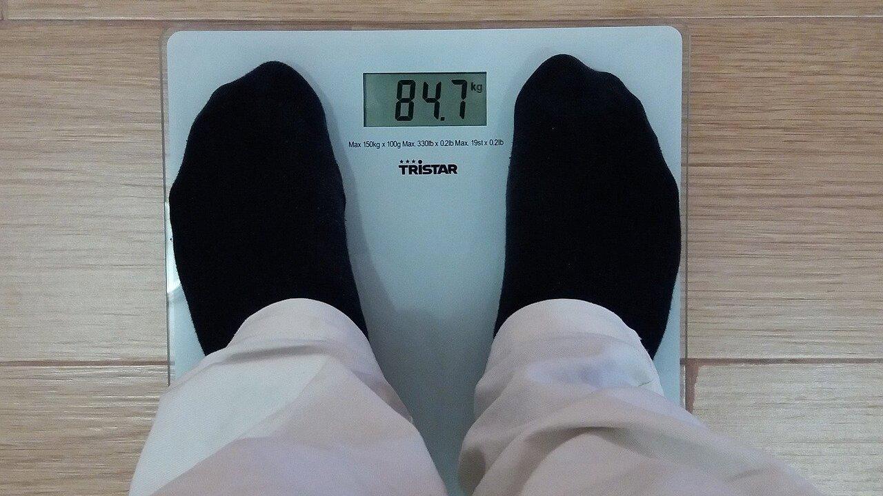 Врач назвала главную мешающую сбросить вес ошибку