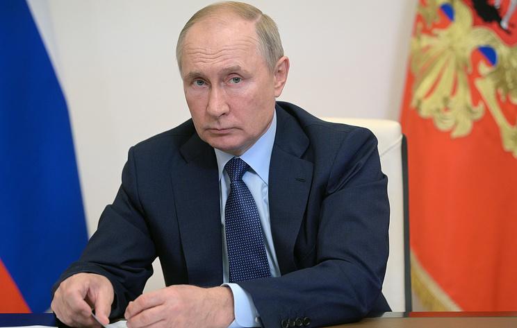 Путин поздравил сотрудников аграрного сектора с профессиональным праздником
