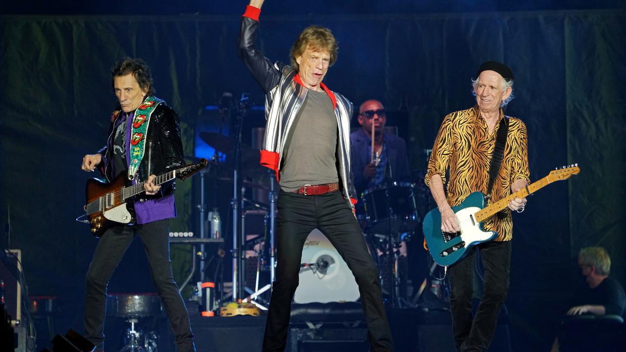 The Rolling Stones отказались от суперхита из-за обвинений в расизме