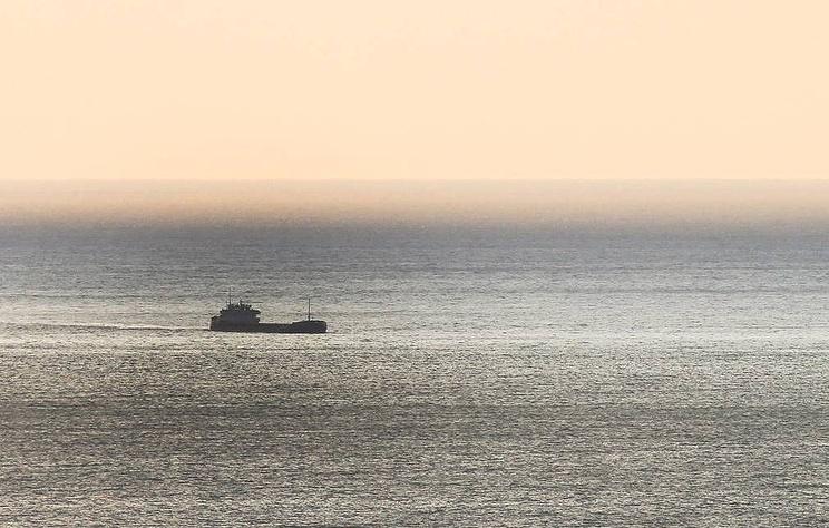 В Черном море терпит бедствие судно ВМС Украины